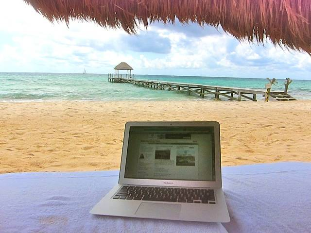 Online-Travel-Vacation-Research-Riviera-Maya-Karen-Tina-Harrison