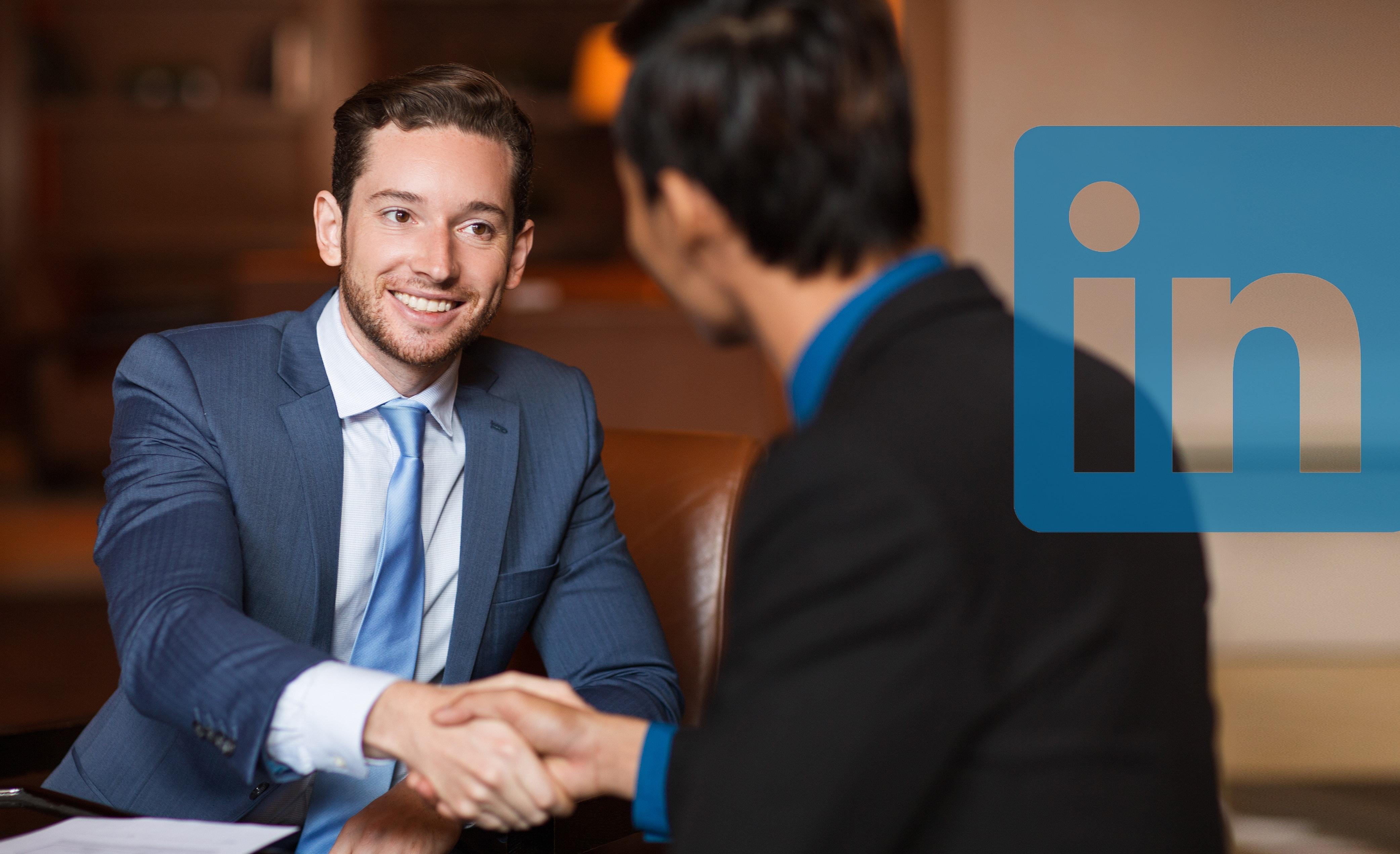 Linkedin: un servizio sullo stile di Tinder in arrivo?