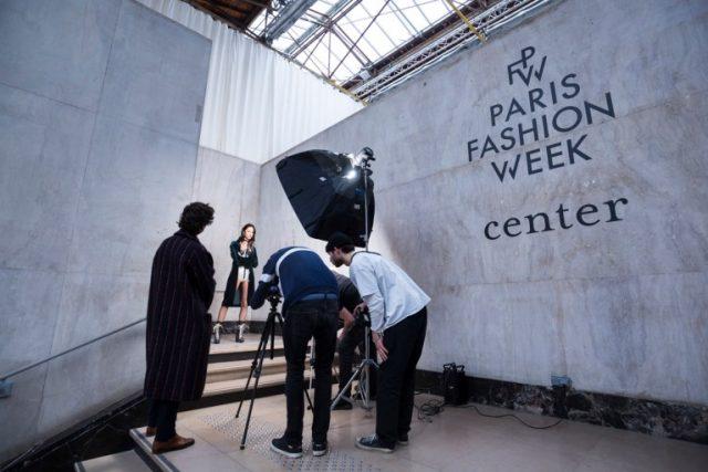 le sfilate di Parigi grazie agli eventi virtuali