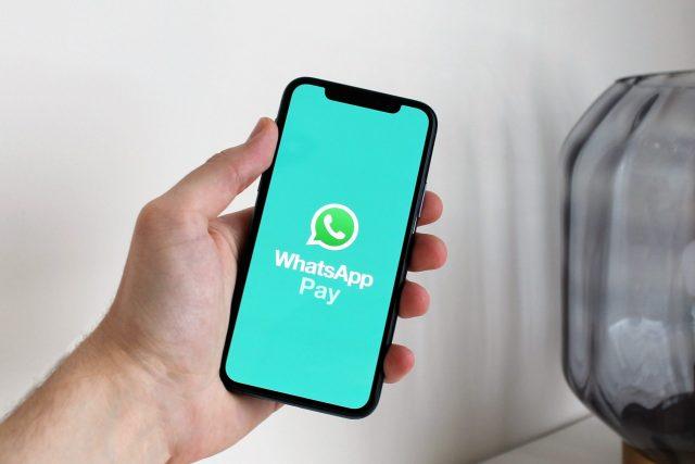 WhatsApp Pay cashback